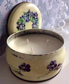 Handmade soy candle in vintage, floral Huntley & Pakmers Bisciuts tin with lid. on Etsy, £15.00
