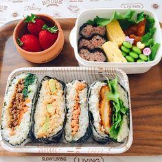 ayana's dish photo おにぎらず弁当 | http://snapdish.co #SnapDish #お弁当 #お昼ご飯 #お花見