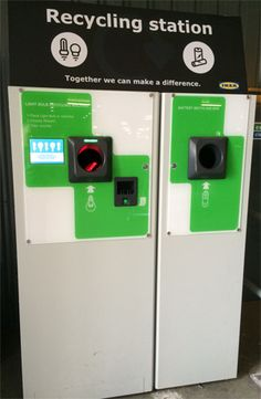 This Vending Machine Swaps Your Used Cans and Bottles for Cool Prizes