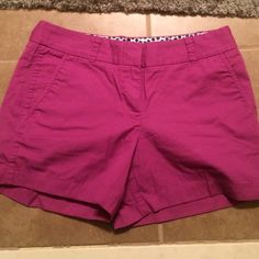 HP J. Crew chino shorts Magenta color, brand new condition. About 3 inch inseam J. Crew Shorts