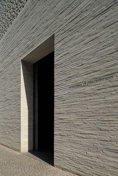 Kolumba-Museum-23-Zumthor-Yuri-Palmin.jpg
