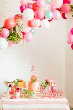 ウェルカムアイテムとして。 バルーンデコレーションは、お花だけよりも華やかに楽しい雰囲気になるからオススメです!