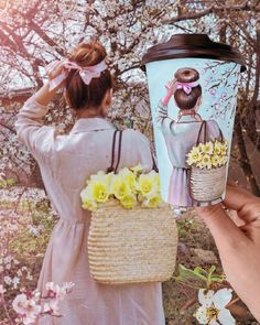 Image may contain: one or more people, people standing, flower, tree and outdoor Girly Pictures, Creative Pictures, Art Pictures, Cool Photos, Starbucks Art, Starbucks Coffee, Coffee Cup Art, Arte Fashion, No Rain No Flowers