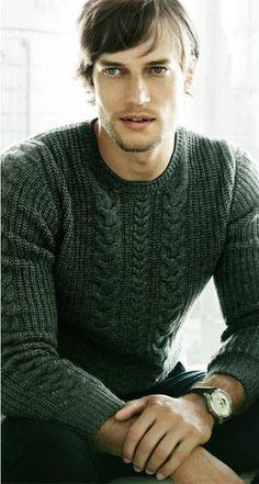 Men's casual style....Massimo Dutti // nice green sweater (David Genat, model)