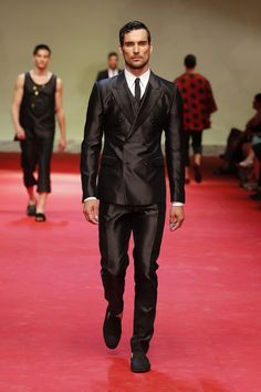 Fashion Show 2015 Summer Men DolceGabbana Summer Mens
