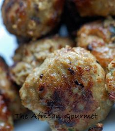 Easy Frikkadel Meatballs Ostrich Meat, South African Recipes, Ethnic Recipes, Good Food, Yummy Food, Yummy Yummy, Tasty Meatballs, Fried Potatoes, Side Salad