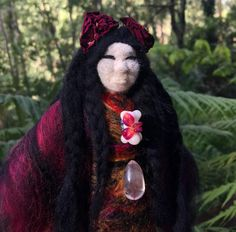 Sacred Familiar medicine doll to be left as an offering for the women persecuted as witches in Scotland. Wool Dolls, Felt Dolls, Animal Totems, Pilgrimage, Goddesses, Needle Felting, Different Styles, Witches, Fiber Art