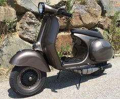 Vespa GS 150: BMW Frozen Bronze Metallic