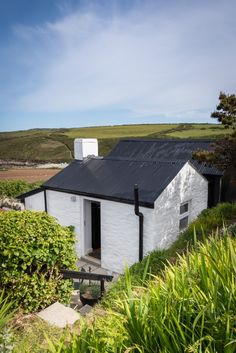 30 best welsh cottages images welsh cottage cabins cottage rh pinterest com