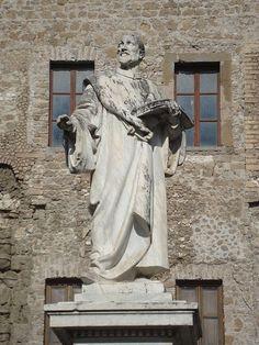 :Statue de Giovanni Pierluigi da Palestrina.  compositeur italien de l'époque renaissance