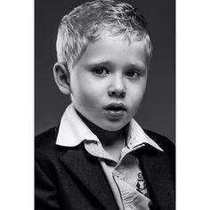 Фотографирую детей. Снято Leica S. #best_photo_kids #яродился #babyblog  #maternity  #best_photo_newborns #mamaclub #instamom #9месяцев #40недель #вожиданиичуда #семейныйфотограф #близнецы #дочкисыночки #пузожитель #ангел #лапино #babies #cute #Best_pictures_of_newborn #instamom #_sweetkids_ #bebepost #фотографымосквы #leica #фотографдетский #фотографдетей #детскийфотографмосква #детскийфотограф #leicacamera #фотографспб #фотографвмоскве by mikhail_kirakosyan