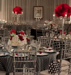 love the look, but would use all the same pattern tablecloths and a brighter white background