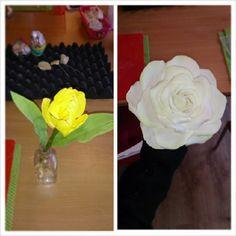 Tulp en roos @j4cake gegeven door eline Cake, Desserts, Tulips, Pie Cake, Tailgate Desserts, Pastel, Dessert, Cakes, Deserts