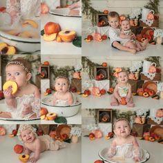 Baby Girl 1st Birthday, 1st Birthday Parties, Birthday Ideas, Baby Milk Bath, Milk Bath Photography, Peach Party, First Birthday Pictures, Cake Smash Photos, Baby In Pumpkin