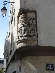 Rue de Fourcy, Paris IV