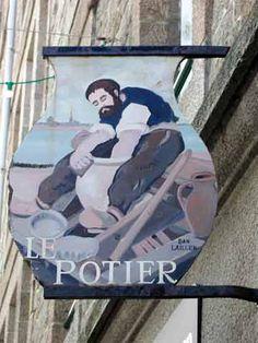 Le Potier - 8 rue Jacques Cartier à Saint-Malo - France.