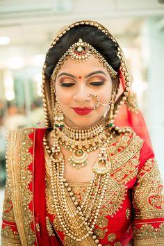 Real Bride at Jasmine Beauty Care, Ahmedabad. Indian Wedding Makeup, Bridal Eye Makeup, Wedding Beauty, Wedding Bride, Wedding Attire, Wedding Events, Indian Bridal Photos, Indian Bridal Outfits, Indian Designer Outfits