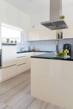 Kitchen Island, Home Decor, Kitchen, Homes, Island Kitchen, Decoration Home, Room Decor, Home Interior Design, Home Decoration
