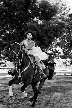 frock on the horse! YES! big flowing dress would be awesome!