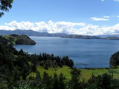 Laguna de Tota, Colombia I can't wait to call this place home! Lake Pictures, Colombia Travel, Beautiful Soul, Beautiful Places, Countries Of The World, The Good Place, Places To Visit, Culture, Mountains