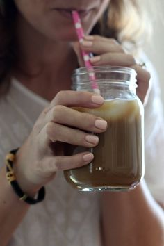 With just a few ingredients and a little time, you can whip up your own iced coffee at home for a fraction of the cost. Plus, add as little or as much ice as you want. (And no one gets sued. Shrimp Salad Recipes, Fruit Salad Recipes, Strawberry Recipes, Best Dessert Recipes, Coffee Recipes, Drink Recipes, Soup Recipes, Breakfast Recipes, Vegetarian Recipes