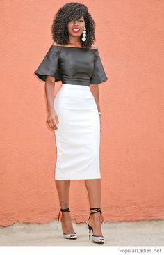 Long white skirt and a black leather top Fashion Mode, Look Fashion, Autumn Fashion, Womens Fashion, Fashion News, Chic Outfits, Fashion Outfits, Fashion Skirts, Style Pantry