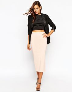 Stylish Pencil Skirt outfit examples 14