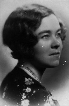 Loretta Perfectus Walsh (22 Apr 1896 - 6 Aug 1925) became the first American active-duty Navy woman, and the first woman allowed to serve as a woman, in any of the U.S. armed forces other than as a nurse, when she enlisted in the U.S. Naval Reserves in 1917. 12 days later, WWI was declared. She became the first woman Navy Petty Officer, Chief Yeoman, and was the first of 13,000 yeoman females entitled to receive the same military pay and benefits.