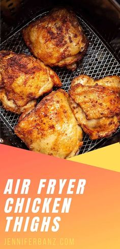 These air fryer chicken thighs are ready in under 30 minutes, perfectly seasoned and perfectly crispy. Everything is better in the air fryer! Air Fryer Dinner Recipes, Air Fryer Recipes Easy, Oven Recipes, Meat Recipes, Cooking Recipes, Air Fryer Recipes Chicken Thighs, Chicken Thigh Recipes, Air Frier Recipes, Crispy Chicken
