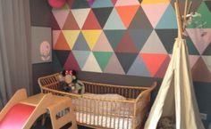 Chambres d'enfant peinture motifs géométriques