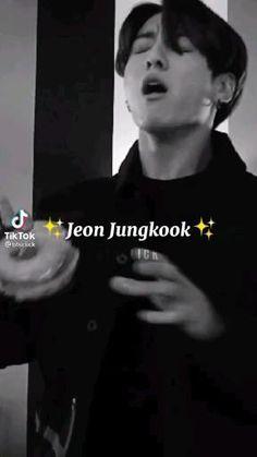 Bts Aegyo, Bts Maknae Line, Bts Jungkook, Foto Twitter, Bts Army Logo, Bts Bulletproof, Kim Taehyung Funny, Applis Photo, Bts Lyric