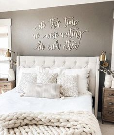 25 Cozy Bedroom Decor Ideas that Add Style & Flair to Your Home - The Trending House Cozy Bedroom, Home Decor Bedroom, Modern Bedroom, Bedroom Furniture, Bedroom Wall Decor Above Bed, Tan Bedroom Walls, Romantic Bedroom Decor, Bedding Master Bedroom, Contemporary Bedroom