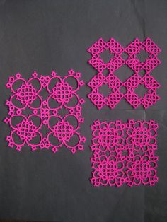 Square tatting pieces tatted with acrylic thread