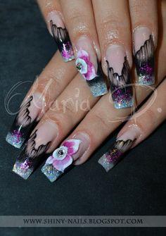 Shiny-Nails by Maria D.: Enveiled nails