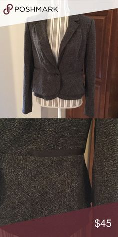 The Limited single button blazer Deep grayish-brown and cream tweed-like pattern. Hem has a second layer giving it a pretty, feminine look. Faux pockets with ribbon like trim. Outshell 88% polyester, 11% viscose rayon, 1% spandex; lining 100% polyester. Great condition The Limited Jackets & Coats Blazers