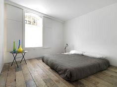 foorni.pl   Loftowa przestrzeń w Londynie, minimalistyczna sypialnia
