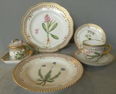Flora Danica Prices | Flora Danica Seven Piece Place Settings at 1stdibs