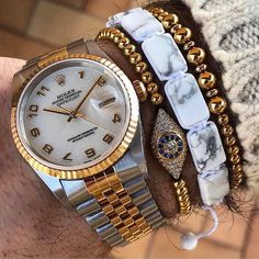 Rolex Datejust Get the perfect #wristgame for #friday 305-377-3335 info@diamondclubmiami.com Shop now at //www.diamomdclubmiami.com // #miami #watchlover #watch #watchgame #men #mensstyle #menwithclass #mensfashion #fashionismo #fashion #rolex #fashionph #fashionmen #men #menwithclass #mensstyle #businessmen #classylook by @rolexaholics