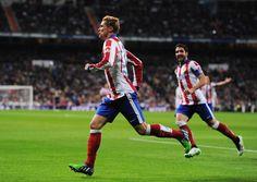 Paradójico, pero el chico de la Leti lo organizó Fernando Torres. Anotó los dos tantos en el empate ante el Real Madrid por los octavos de la Copa del Rey.