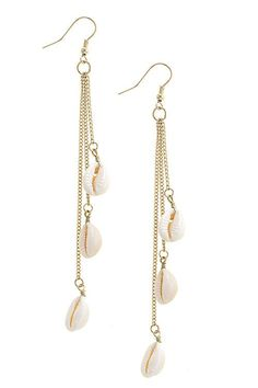 Beautiful Shell Chain Drop Trendy Earrings!! These Shell Chain Drop Trendy Earrings are a MUST HAVE! Designed with premium high quality material! You can get this beautiful Earrings, but only for a li