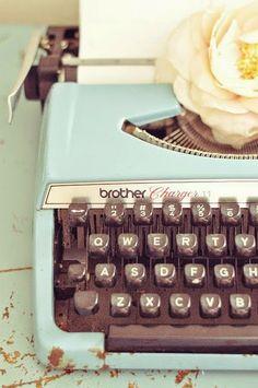 Antigas Máquinas de Escrever