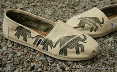 Hey, I found this really awesome Etsy listing at http://www.etsy.com/listing/96390166/elephant-custom-toms-shoes