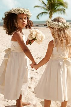 ~~ Lauren Ralph Lauren Wedding: Treat your flower girls to special extras like big bows, mini bouquets & festive flower crowns.