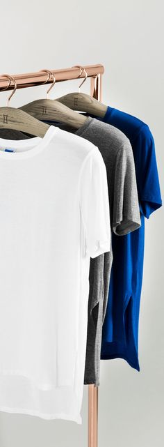 Machine washable Technical Cashmere™ – enhanced with stretch and tailored to perfection. Meet your perfect t-shirt. | Kit and Ace