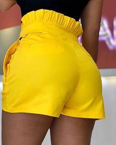 Frills High Waist Short Pants With Belt Short African Dresses, African Fashion Dresses, Short Dresses, Trend Fashion, Fashion Pants, Fashion Outfits, Short Outfits, Chic Outfits, High Waisted Shorts