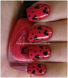 Mickey Mouse Nails!   click to see lots of other Disney nail ideas!