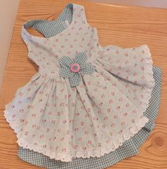 This is one of the little dresses that Phatmolly can make for your four-legged girl! You can find her on Etsy!