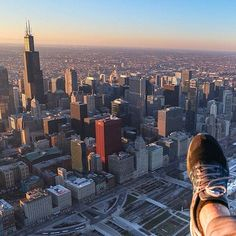 Seeking to experience the city of #Chicago differently- or planning a trip? How about this. A #helicopter experience at #sunset, via @chetours #travel #view #windowseat #aviation #airport #brunch #cafe #bucketlist #adventure #outdoors #plane #flight #adventuretravel #ord #united #skydeck #flying #skyline #outside #travelusa #traveler