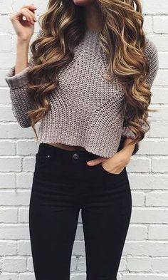 Cropped sweater + black skinnies.