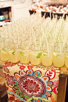 Lemonade is the perfect summer drink! #summerweddings